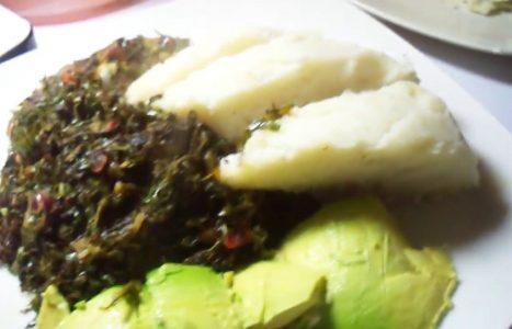 Ugali | Maïspap met groentesoep