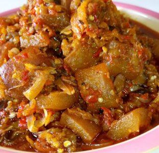 Eggplant Sauce (Auberginespasta)