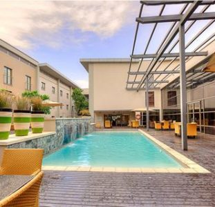 OR Tambo City Lodge