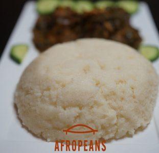 Hoe maak je Fufu / Sadza / Ugali / Banku